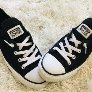 CONVERSE Women's size 8.5 ALL STAR SHOES NWOT